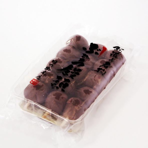 日乃出本店さんのぶどう饅頭3本入