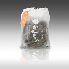 【「大きなやかんで毎日たっぷりと沸かして飲んで欲しい」で作られた「かんちゃばっちゃんの幻の茶 かんちゃ」】