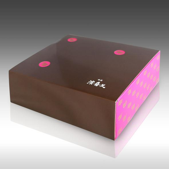 【親子三人の思いがパッケージに。。。 濱喜久さんのギフトボックスパッケージ】